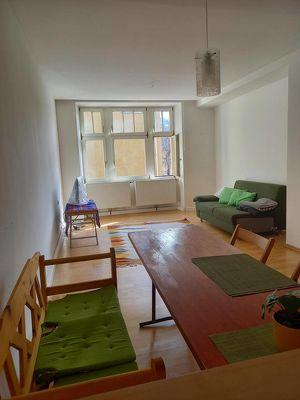 3 ZW,Altstadt Hall