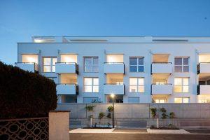 ARCINEUM - MODERN WOHNEN an ALTEN MAUERN  Lichtdurchflutete 2-Zimmer Wohnung mit optimalem Grundriss, Bilick auf die Dächer der Stadt und die umliegen