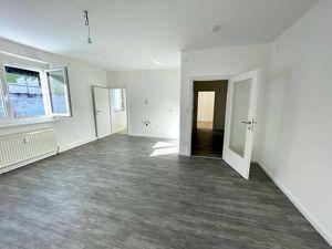 Erstbezug nach Sanierung - 2 Zimmer - Zentralheizung