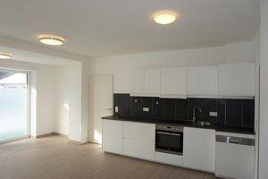 Moderne 2-Zimmer Wohnung mit Terrassen und Garten