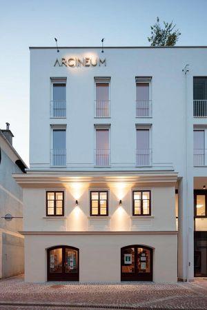 ARCINEUM - MODERN WOHNEN an ALTEN MAUERN Provisionsfrei - direkt vom Bauträger ! ! !  Lichtdurchflutete Wohnung im Stadtzentrum