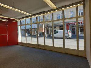 Provisionsfrei - MIETE: Geschäftslokal mit Straßenfront im Zentrum Mistelbach