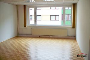 Große Büroräume nahe Gablenzgasse