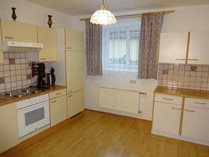 """schön sanierte und gepflegte Wohnung in """"Zweifamilienhaus"""" in idyllischer Ruhelage !"""