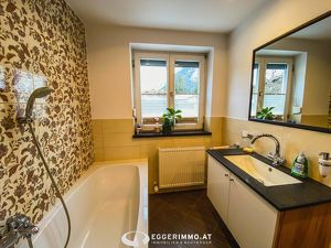 2 Zimmer Wohnung mit großzügigem Garten in ruhiger Lage von Maishofen zu vermieten