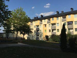 01740 00153 / Großzügige 4 Zimmer Wohnung in Amstetten