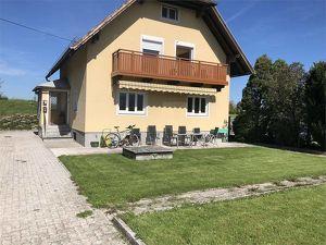 Aufgepasst ! kleines Büro mit Balkon in Anif Salzburg