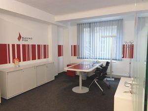Unbefristet: Multifunktionale Bürofläche mit moderner Ausstattung.