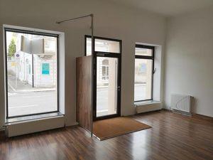 2000 Stockerau: Geschäftslokal mit 2 Schaufenster, 1 Raum