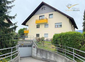 ruhige 2 Zimmer Dachgeschoss-Wohnung mit Tiefgaragenplatz