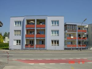 00370 00232 / Großzügige 3 Zimmer-Wohnung in der S.Marcusstraße