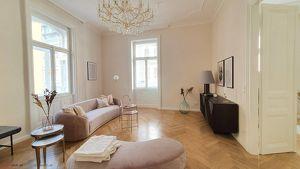 Sanierter Luxus-Erstbezug nach Architektensanierung - Durchdachtes Raumkonzept (Küche separat möglich)