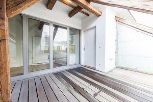 Luxuriöse 3-Zimmer DG-Wohnung mit zauberhafter Terrasse in der Wiener Innenstadt zu vermieten!