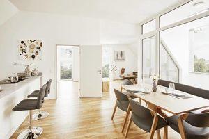 Generalsanierte 2-Zimmer- DG Wohnung mit Loggia in Liefering an der Glan - zur Miete
