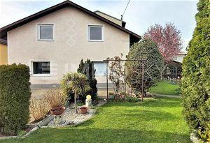 Platz für 2 Familien - pflegebedürftiges Eigenheim in Toplage!!!