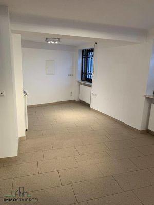 Kleine günstige Geschäftsfläche / Büro in Ybbser Altstadt