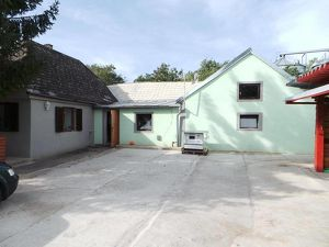 Wulzeshofen - KAUF: Landhaus mit Stadel und Grundstück für Tierhaltung