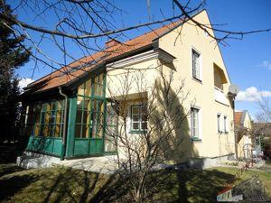 Großes Einfamilienhaus mit tollem Raumangebot - 25min zur Stadtgrenze Wien