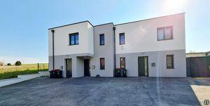 ERSTBEZUG! Helle 3 Zimmer-Wohnung mit 60m² Garten & 2 Parkplätzen