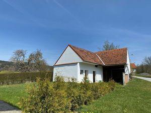 Grundstück mit Scheune , zum Ausbau für ein Ferienhäuschen geeignet!
