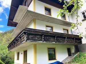 Großzügiges Wohnhaus mit Potential / schöne & ruhige Aussichtslage / ehem. Gästepension / in Spital am Pyhrn