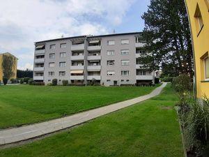 Günstiger Wohn(t)raum - 3-Zimmer-Wohnung, für Junge und Jung-Gebliebene, getrennt begehbar, 3. OG mit Süd-Balkon, provisionsfrei!