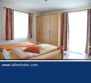WG-fähige 3-Zimmer Mietwohnung mit separaten En-Suite Badezimmern und 2 sonnigen Balkonen in zentraler Lage von Bad Hofgastein