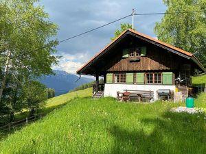 Entzückendes Häuschen in absoluter Ruhelage am Tulferberg mit Panoramablick