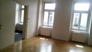 Wohnen im Karmeliterviertel - ideale Singlewohnung in schönem Jugendstilhaus in bester Lage