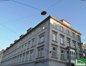 Renovierter Altbau! Helle Dachgeschosswohnung! 2 getrennte Schlafzimmer!