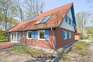 Einfamilienhaus in relativ gutem Zustand
