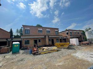 Attraktives Doppelhaus mit Garage in Gunskirchen-Irnharting