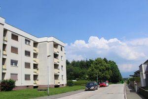 Sonnige 2 Zimmerwhg. mit Süd-Loggia mit herrlicher Aussicht in absolut ruhiger Grünlage am Ortsrand - inkl. Tiefgarage