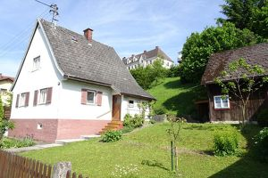 Zentrumsnahes Einfamilienhaus mit 1.059 m² Grund