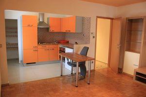 Zweizimmer Wohnung - zu Mieten ab August