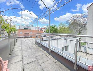 Urbane Wertanlage - 3 Wohneinheiten, 1 Büro/Praxis & Dachbodenausbau