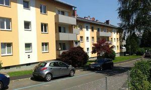 Ruhesuchende aufgepasst! Sonnige 3-Raum-Wohnung mit großem Wohlfühlpotential in grüner Ruhelage nah am Zentrum! Provisionsfrei!