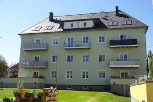 Single- Mietwohnung mit Terrasse