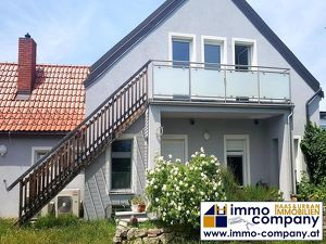 MIETHIT IM ZENTRUM – Schicke Dachgeschoßwohnung mit Gartennutzung!