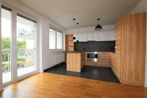 ERSTBEZUG NACH SANIERUNG! Traumhafte 2-Zimmer-Wohnung mit Balkon, Tiefgaragenplatz und barrierefreiem Liftzugang/21