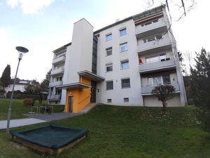 Neu sanierte 3-Zimmer-Familienwohnung mit Loggia und Lift! PROVISIONSFREI!