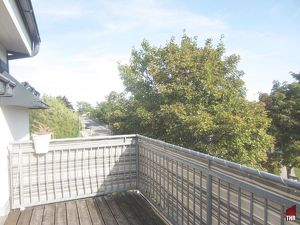 Schöne Terrassenwohnung in Bad Vöslau mit Rundumpanorama vom Harzberg bis zum Schneeberg!