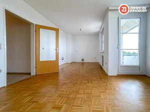 PROVISIONSFREI - Geförderte lichtdurchflutete 4- Zimmer Wohnung in Wartberg