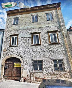 <b>Stadthaus aus dem 18. Jahrhundert!!!</b>