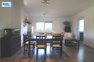 7100 Neusiedl am See, perfekte 4-Zimmer Wohnung mit Loggia und Garage in ruhiger Lage, auch als Anlage zur Vermietung geeignet.