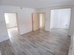 4 Zimmer-Erdgeschoss-Wohnung am südseitigen Sonnenhang in Fohnsdorf - Neu saniert PROVISIONSFREI