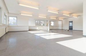 +133m² Wfl.+ Wohnung / Büro in bester zentralen Lage, direkt in Oberpullendorf zu vermieten!