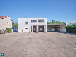 Sehr gut gepflegtes Wohn-, Büro- und Betriebsgebäude mit 158m² Wohnfläche, 240m² Hallenfläche und 570m² Lagerfläche am Rande des Industriezentrum NÖ-S