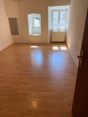 2,5-Zimmer-Wohnung im traditionellen Altstadthaus