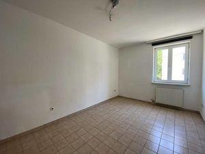 2-Zimmer-Wohnung mit separater Küche in absoluter bester Lage direkt bei der Karl-Franzens-Universität in der Heinrichstraße